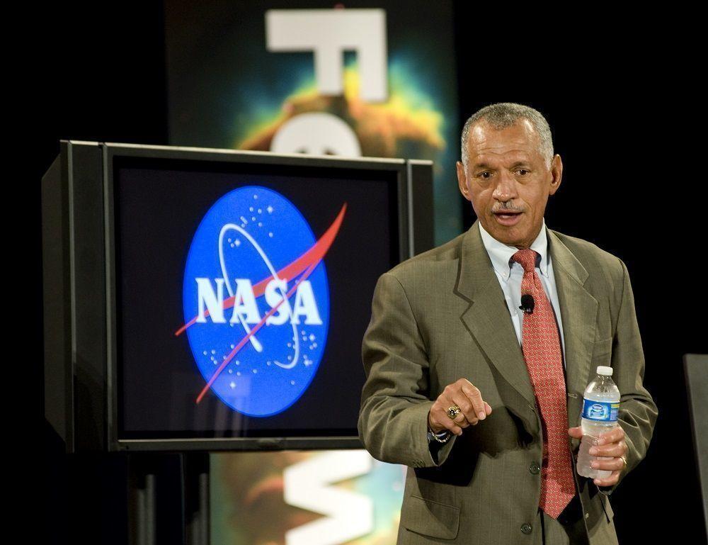 Глава NASA: США будет самостоятельно отправлять космонавтов на МКС
