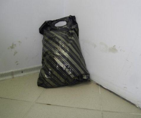 В Челнах из-за угрозы теракта к ТЦ «Торговый Квартал» съехались все спецслужбы