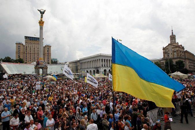 Участники народного вече в Киеве требуют встречи с президентом Порошенко