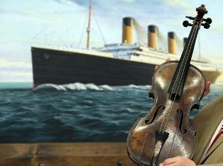 """В Лондоне продали легендарную скрипку с """"Титаника"""" за 1,5 миллиона долларов"""