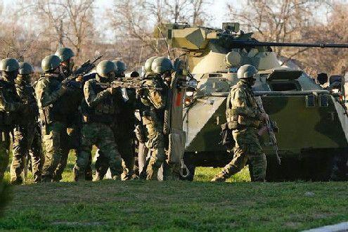 Украинские силовики устроили в ночь на четверг имитацию вооруженных действий