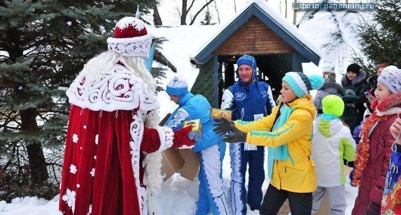 В Челны прибыл Главный Дед Мороз страны