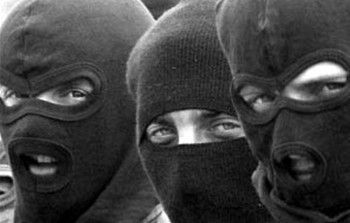 В селе Биклянь трое грабителей в масках избили и обокрали старика
