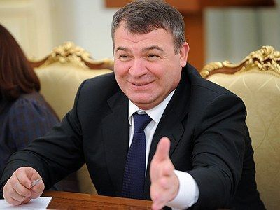 Адвокат Сердюкова заявил, что арест экс-министру не грозит