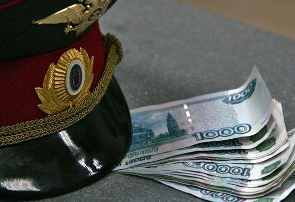 СКР: житель Набережных Челнов  подозревается в даче взятки
