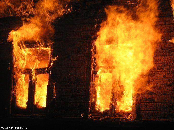 Пьяного мужчину в Тетюшском районе спасли из огня добровольцы