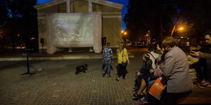 ВКазани стартуют уличные показы кино