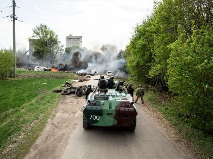 Во время боев под Славянском убиты 30 ополченцев и мирных жителей