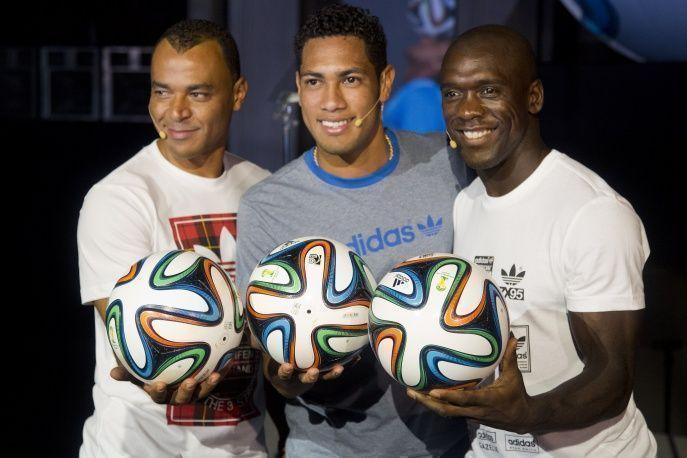 Представлен официальный мяч чемпионата мира по футболу 2014