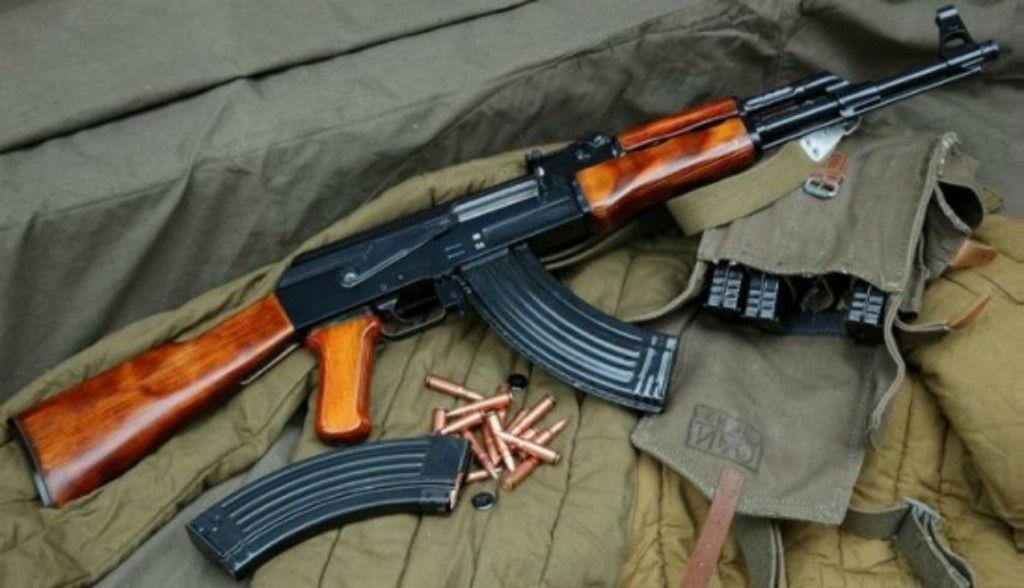 Работники ЖКХ в Казани нашли мешок с оружием