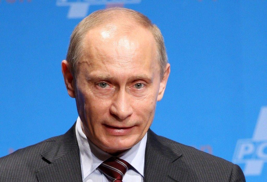Путин: неонацисты развязали на Украине террор против мирных граждан