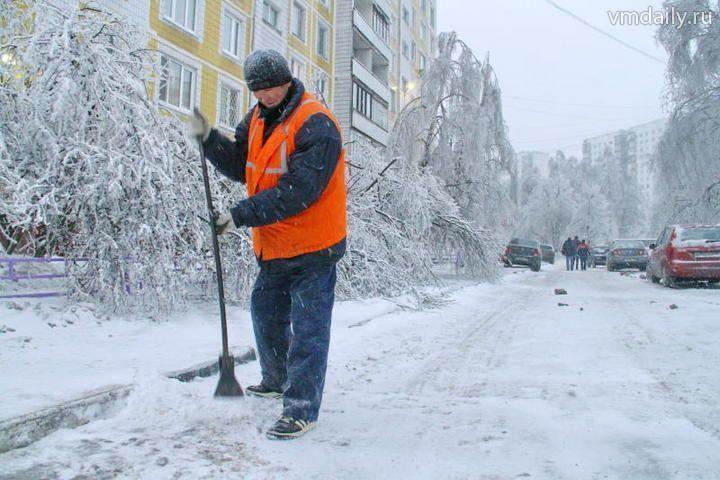 Казани на зиму не хватает 775 дворников