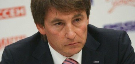 Леонид Барышев написал открытое письмо мэру Елабуги Емельянову: «Свою вендетту вы уже объявили давно». Мэр письмо прочитал