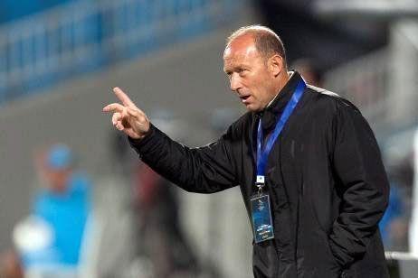 За месяц до матча с «Рубином» в плей-офф Лиги Европы «Бетис» поменял тренера