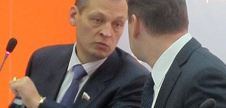 Власти Зеленодольского района хотят помирить Айрата Хайруллина и «Красный восток — агро» с жителями поселка Кугеево