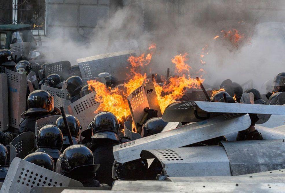США не исключают введения санкций против тех, кто разжигает насилие на Украине