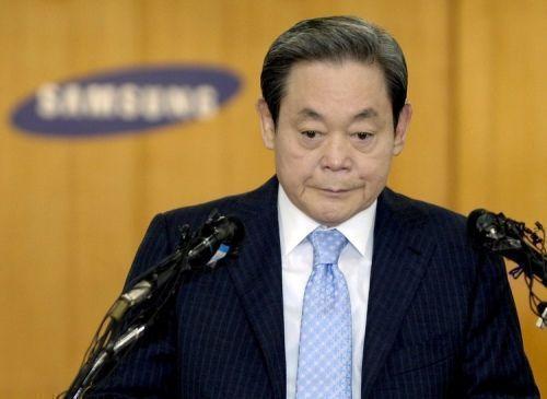 Глава Samsung Ли Кун Хи попал в реанимацию