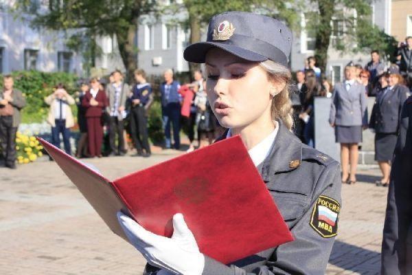 Полицейские Крыма приняли российскую присягу