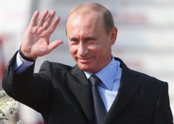 Владимир Путин прилетает в Крым
