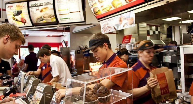 «Макдоналдс» заявил о давлении со стороны Пенсионного фонда России