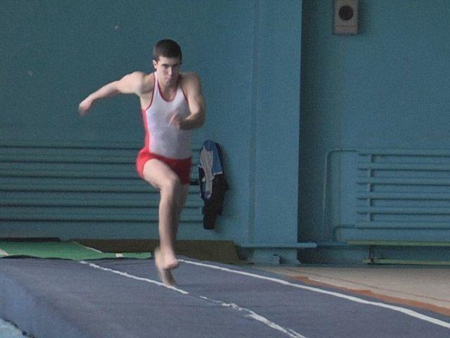 В Лениногорске прошел чемпионат по прыжкам на акробатической дорожке