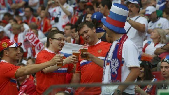 Госдума может вернуть рекламу пива в СМИ и на стадионах к чемпионату мира 2018 года