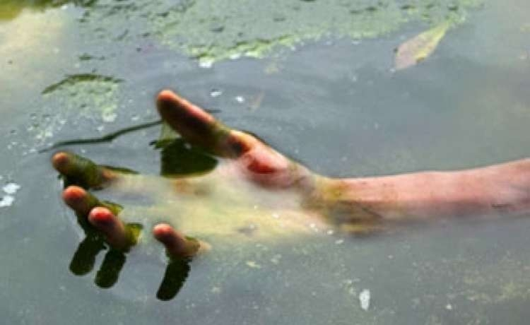 На озере в Елабужском районе найдено тело мужчины