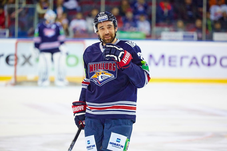 Данис Зарипов сегодня запустит вТатарстане производство хоккейных клюшек