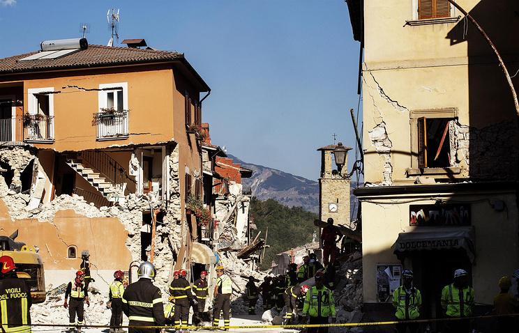 Неменее 10 человек стали жертвами землетрясения вИталии