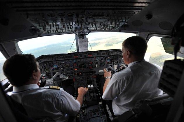 Рейс «Липецк— Сочи» совершил срочную аварийную посадку вВоронеже