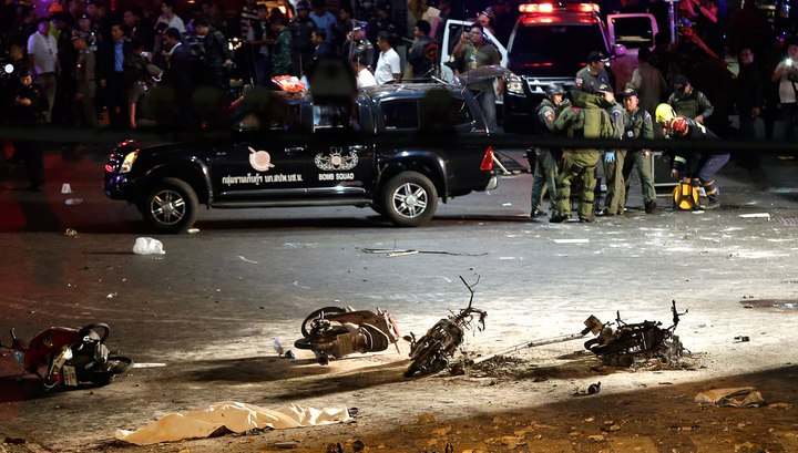 Накурорте Таиланда взорвали две бомбы