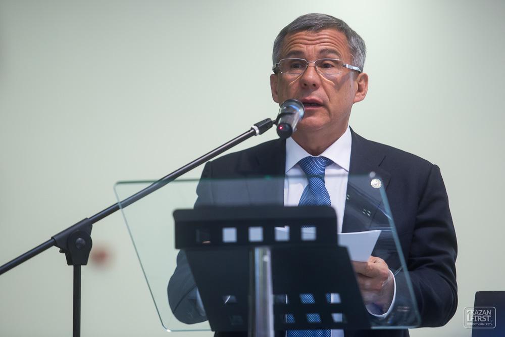 Александр Карлин вошел вТОП-50 губернаторов потеме «ЖКХ»