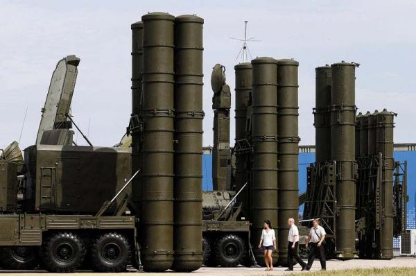 Военные расходы в РФ загод уменьшились на100,2 млрд