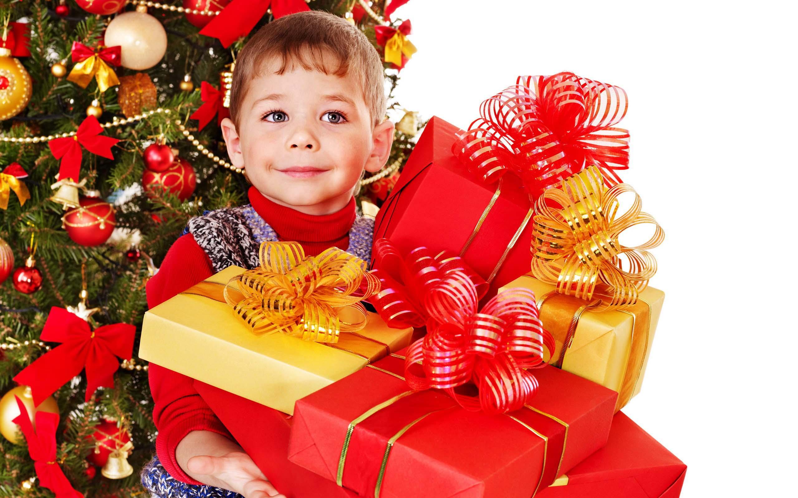 Цены на подарки детям новый год