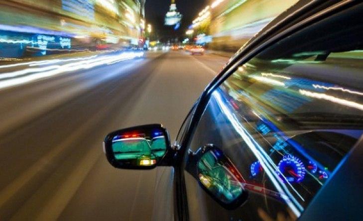 Руководство одобрило штраф за рискованное вождение вобъеме 5 тыс. руб.