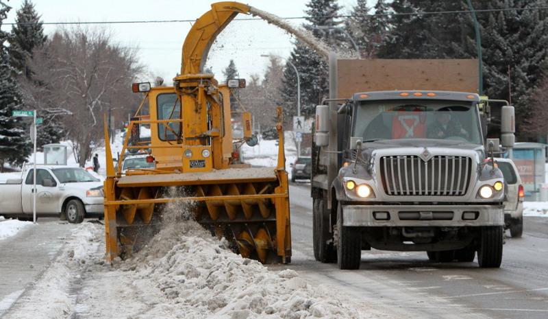 280 тонн снега вывезли сулиц Иркутска заминувшие сутки