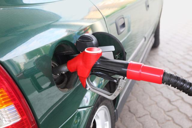 Росстат: Цены набензин вПскове снизились на0,1%