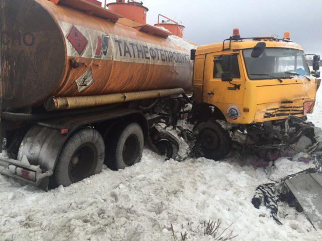 4 человека стали жертвами ДТП сучастием бензовоза вТатарстане