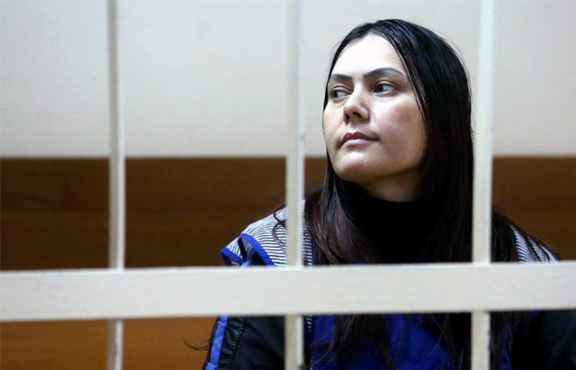 Бывшую студентку МГУ Варвару Караулову приговорили к4,5 годам колонии