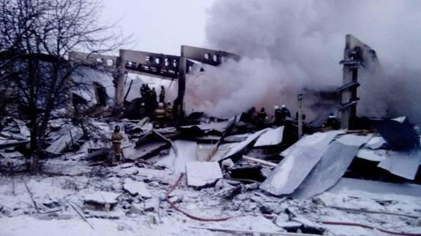 Три человека погибли впожаре вцехе вТатарстане