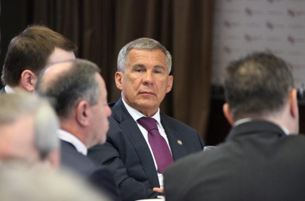Минниханов пригласил голландский бизнес вОЭЗ Татарстана
