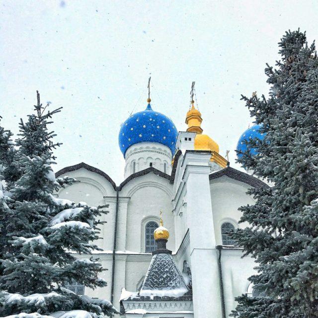 Президент Татарстана поздравил Патриарха Кирилла сРождеством