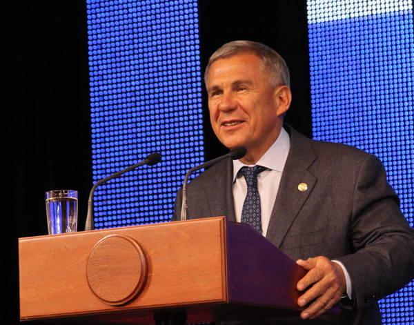 Минниханов: Татарстан пока не отыскал санатора для Татфондбанка