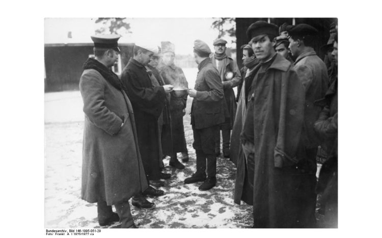 Wünsdorf, Halbmondlager, sowjetische Flüchtlinge