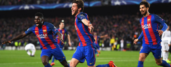 BARCELONA, SPAIN - MARCH 08:  Sergi Roberto of Barcelona (C) celebrates as he scores their sixth goal during the UEFA Champions League Round of 16 second leg match between FC Barcelona and Paris Saint-Germain at Camp Nou on March 8, 2017 in Barcelona, Spain.  (Photo by Laurence Griffiths/Getty Images)