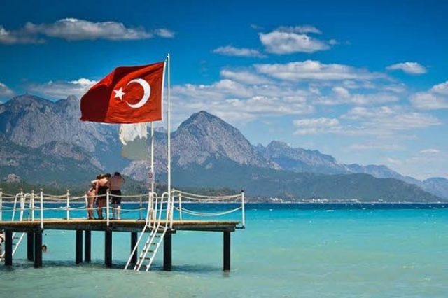 Турция готова разрешить россиянам въезжать в страну по внутренним паспортам