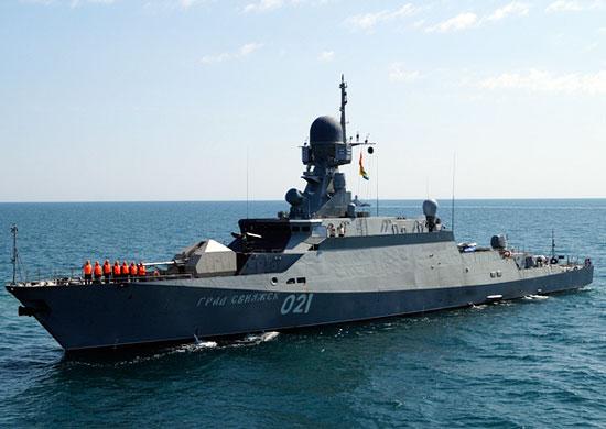 ВКаспийском море начались учебные стрельбы кораблей ВМФ Российской Федерации