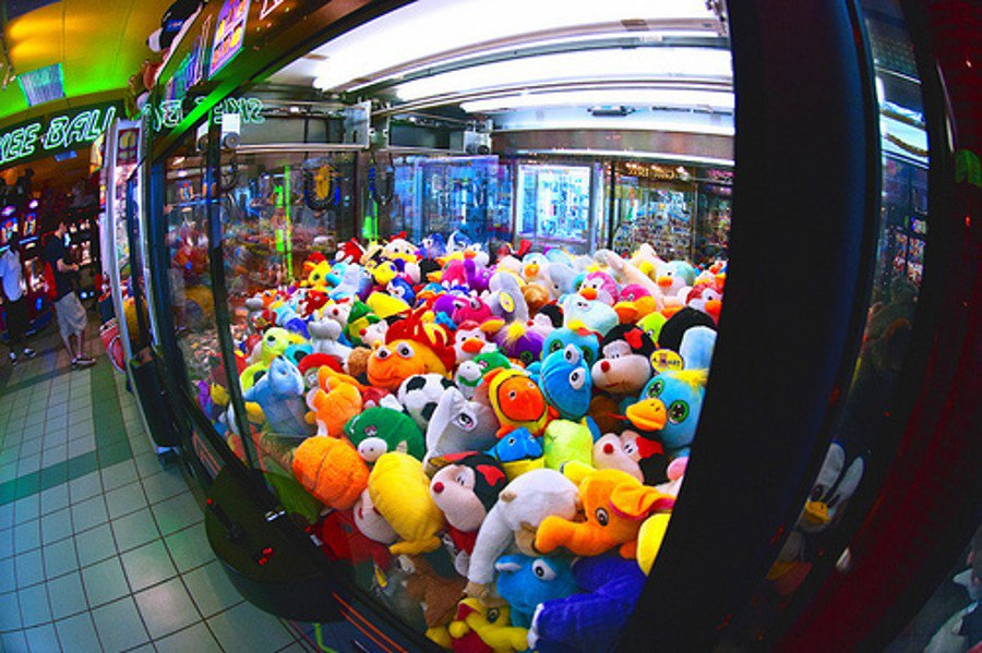 автомат ловить игрушки видео