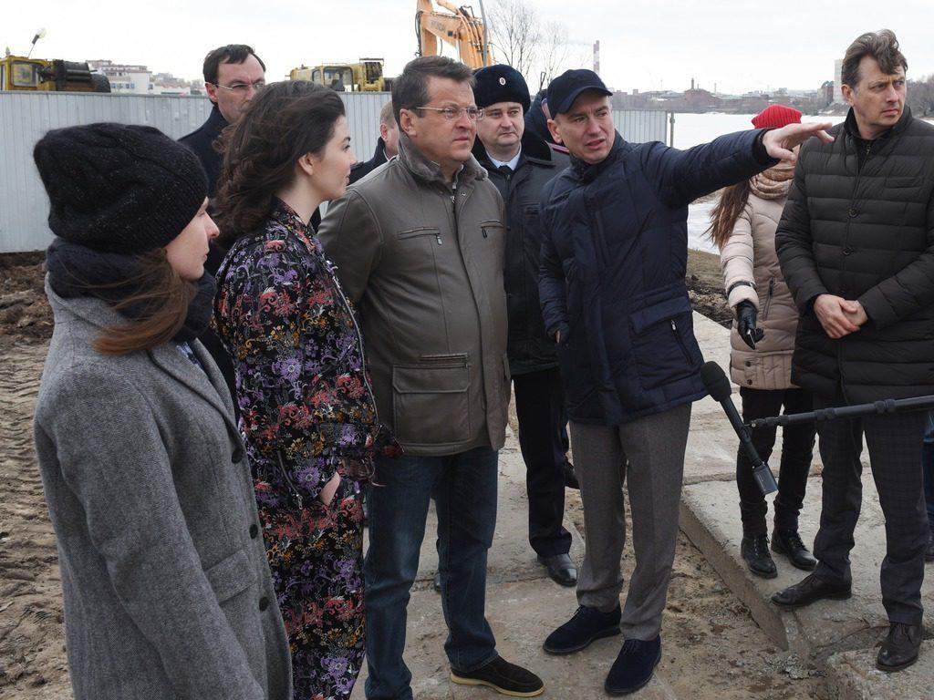 Ильсур Метшин проинспектировал начало работ поблагоустройству набережной озера Нижний Кабан