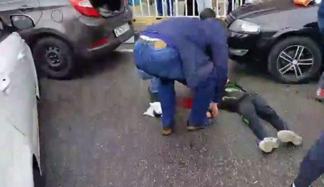 ВСочи шофёр наиномарке сбил 3-х детей